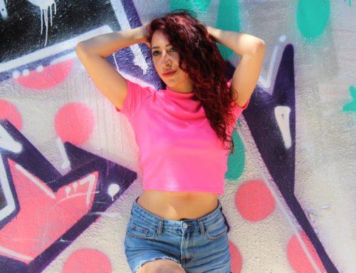 'Estate addosso' il nuovo singolo e videoclip di Veronica Perseo