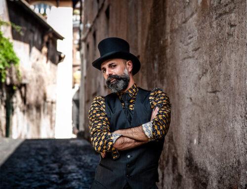 David Zulli con 'Lo specchio della città' denuncia l'inciviltà urbana