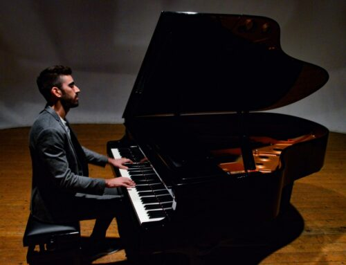 'Night of Falling Stars' è il singolo di Davide De Angelis che anticipa l'album 'Beyond'